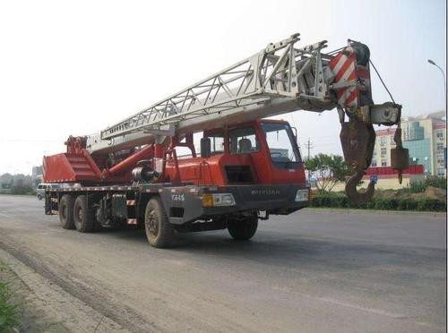 天津吊車出租之設備吊裝四步工作法